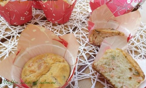 Muffin salati al salmone e panna acida