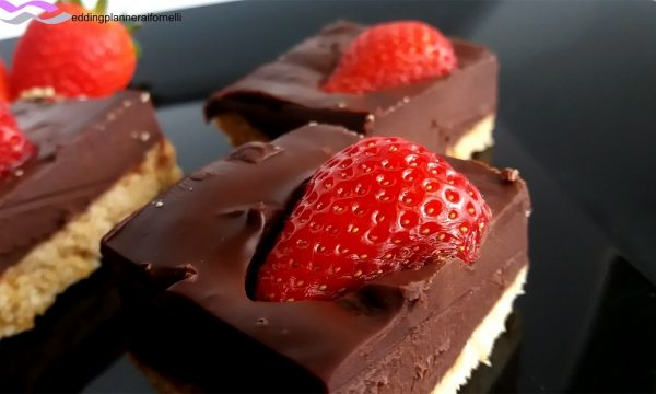 Finta cheesecake morbida al cioccolato