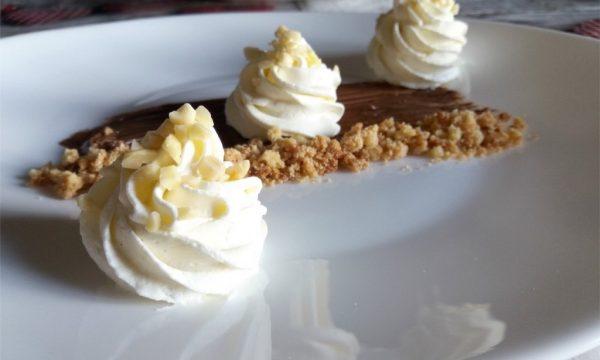 Cheesecake scomposta alla Nutella
