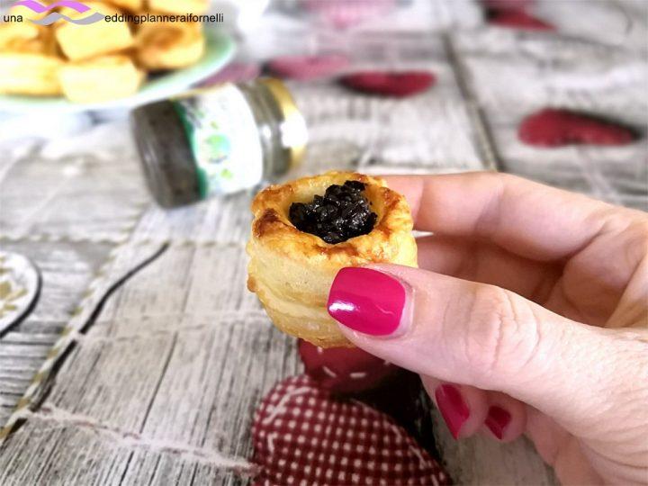 vol au vent con crema di olive e tartufo nero