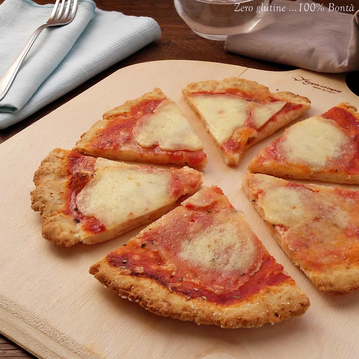 Pizza senza lievito e glutine (veloce)