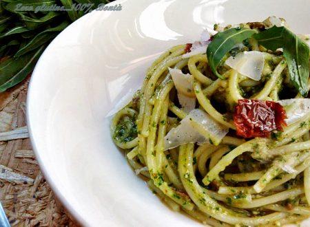 Spaghetti con pesto di rucola