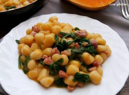 Chicche di patate con crema di zucca rucola e pancetta