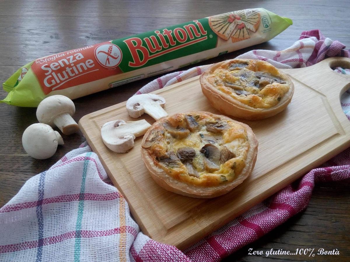 Mini quiche ai funghi e formaggi