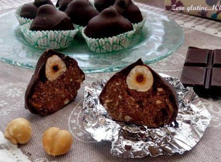 Baci di cioccolato e nocciole