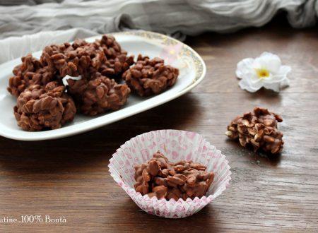 Dolcetti con riso soffiato e cioccolato