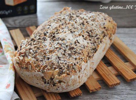 Pane senza glutine con preparato Massimo Zero nella macchina  pane Zero Glù