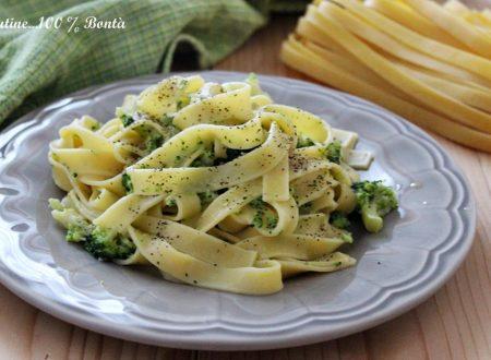 Tagliatelle con broccoli