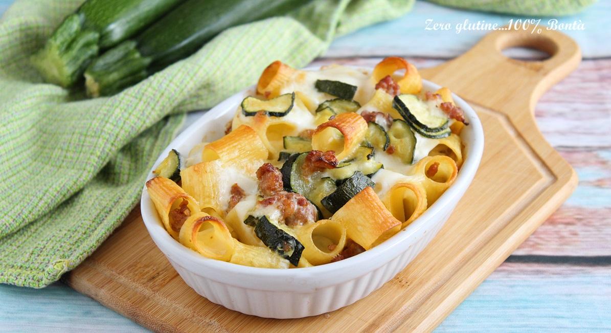 Pasta al forno con zucchine e salsiccia ricetta facile for Cucinare zucchine al forno