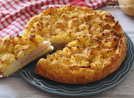 Torta sbriciolata di patate ripiena di prosciutto