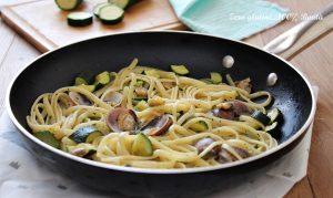 Linguine con zucchine e vongole