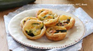 Cestini di Sfoglia con Zucchine e Mozzarella