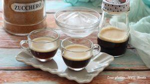 Caffè shakerato in barattolo