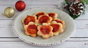 Pizzette di sfoglia per buffet