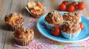 Muffin salati con pomodorini e pancetta