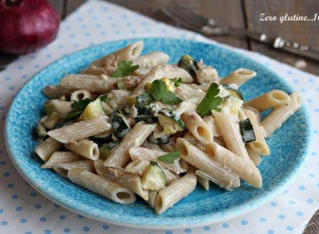 Pasta cremosa con tonno e zucchine