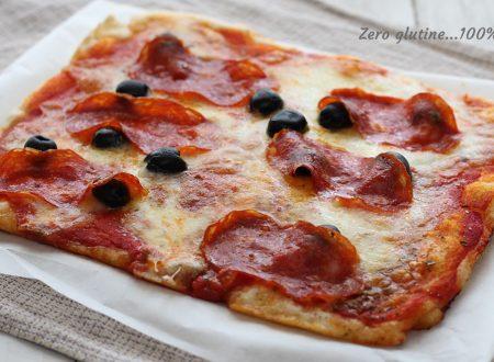 Pizza in teglia con salame piccante