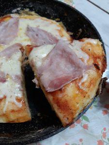 Pizza 15 minuti in padella
