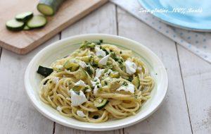 Spaghetti alle zucchine e feta