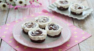 Mini cheesecake allo yogurt e crema di nocciole