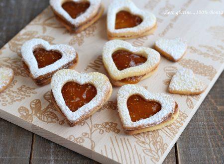 Biscotti friabili a forma di cuore