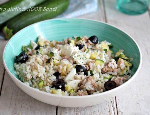 Insalata di riso con tonno zucchine e feta