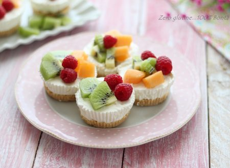 Mini cheesecake allo yogurt e frutta