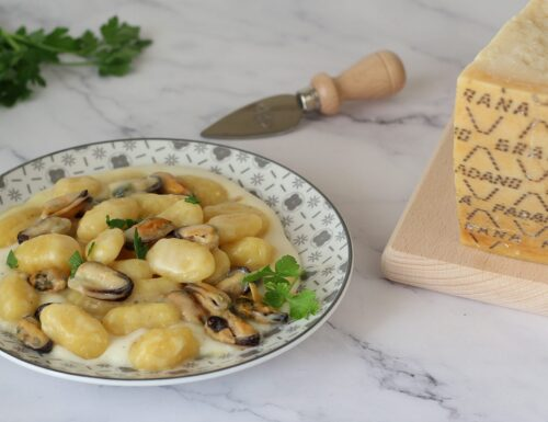 Gnocchi con crema di Grana Padano e cozze