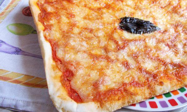 Pizza in teglia (Senza Glutine con Lievitazione in Teglia)