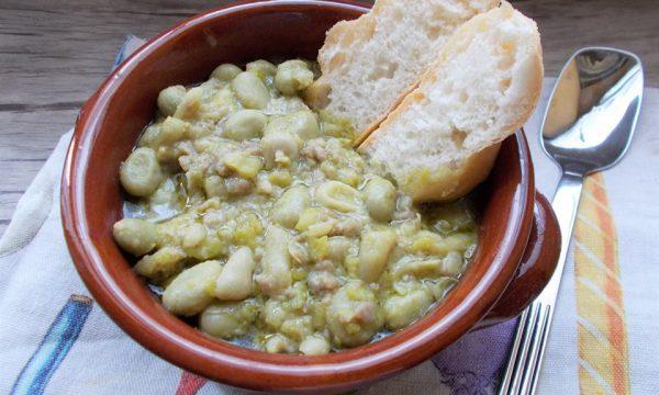 Zuppa di Fave e Salsiccia