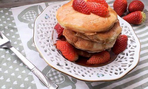 Pancake allo Yogurt con gocce di cioccolato senza glutine