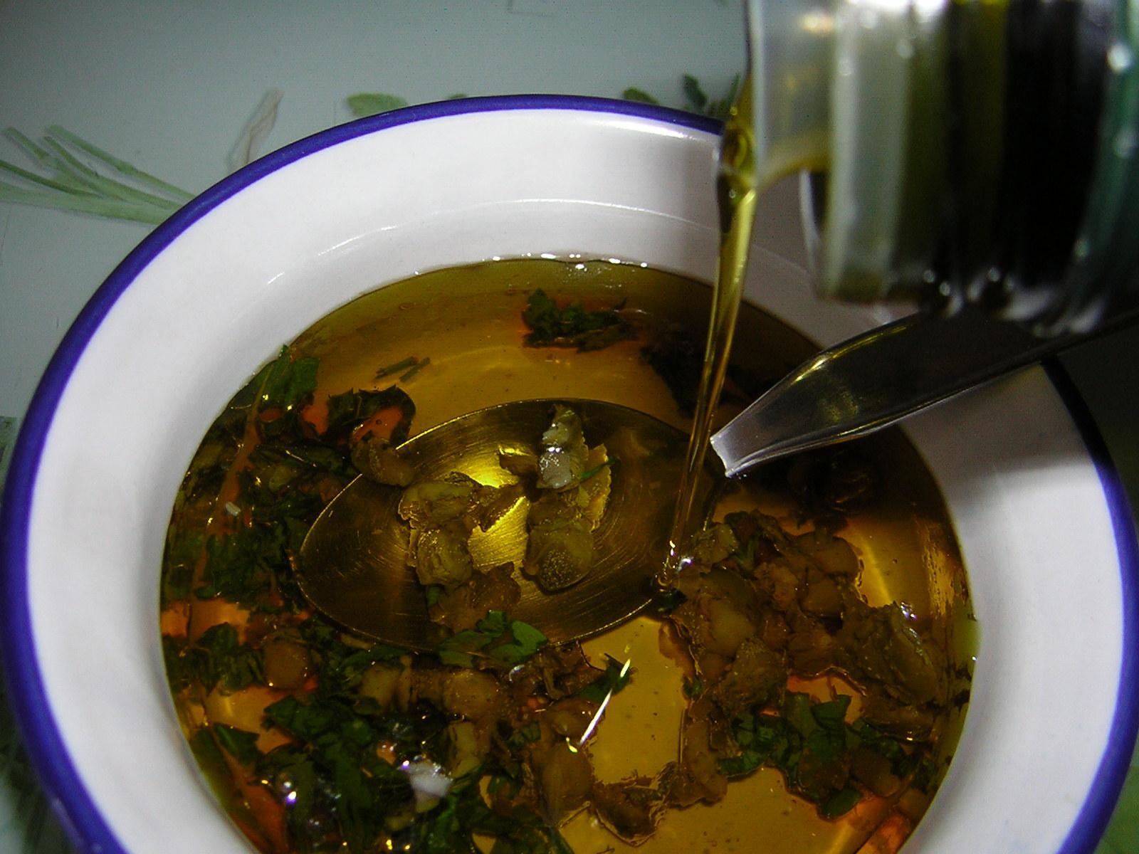 olio aromatizzato per le zucchine grigliate