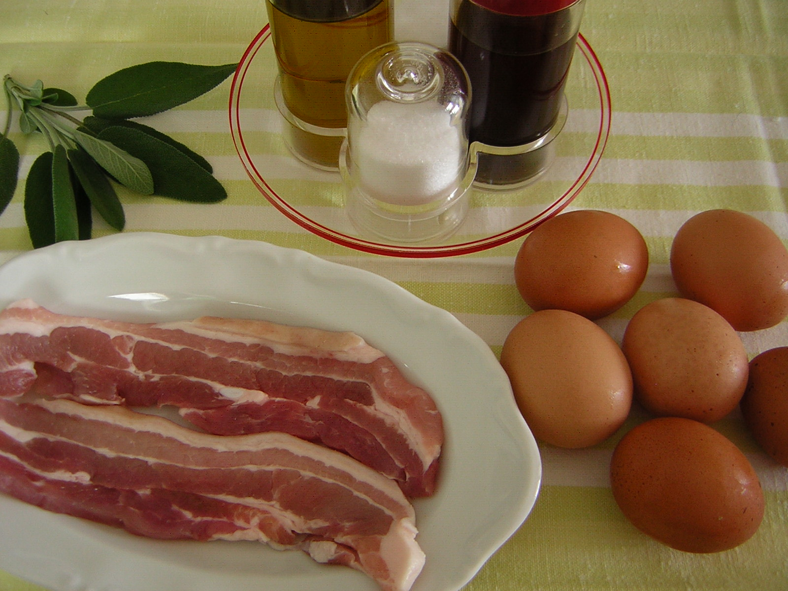 Ingredienti per le uova in salmì