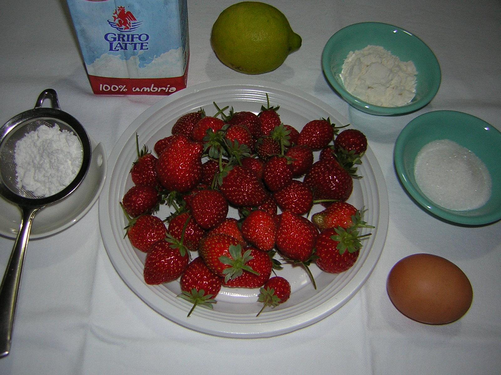 Ingredienti per la crema con fragole