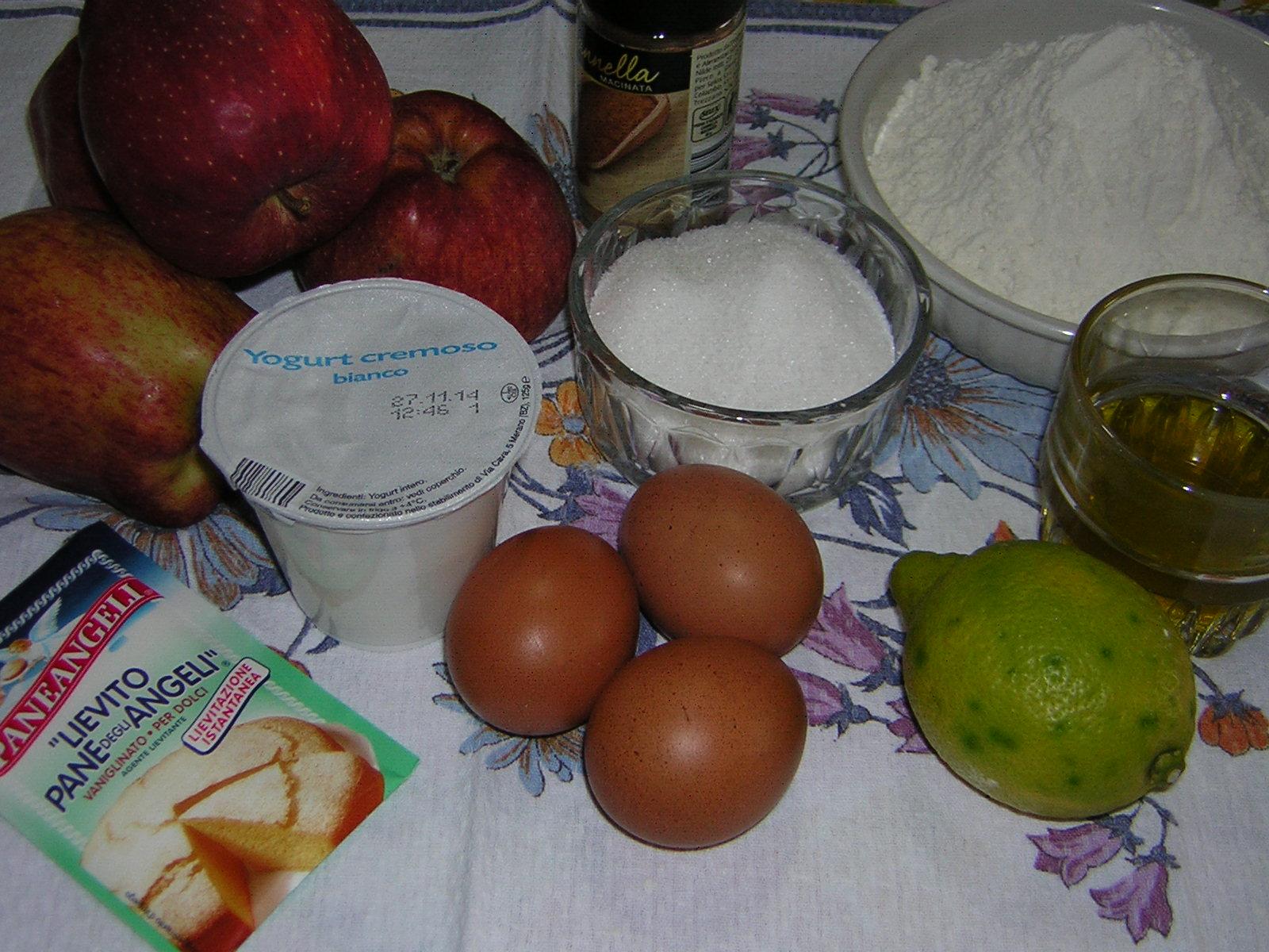 Ingredienti per la torta di mele con yogurt e cannella