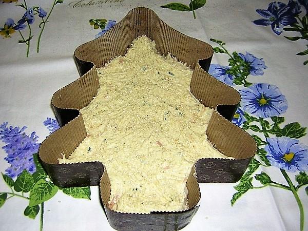 torta salata albero di natale da infornare