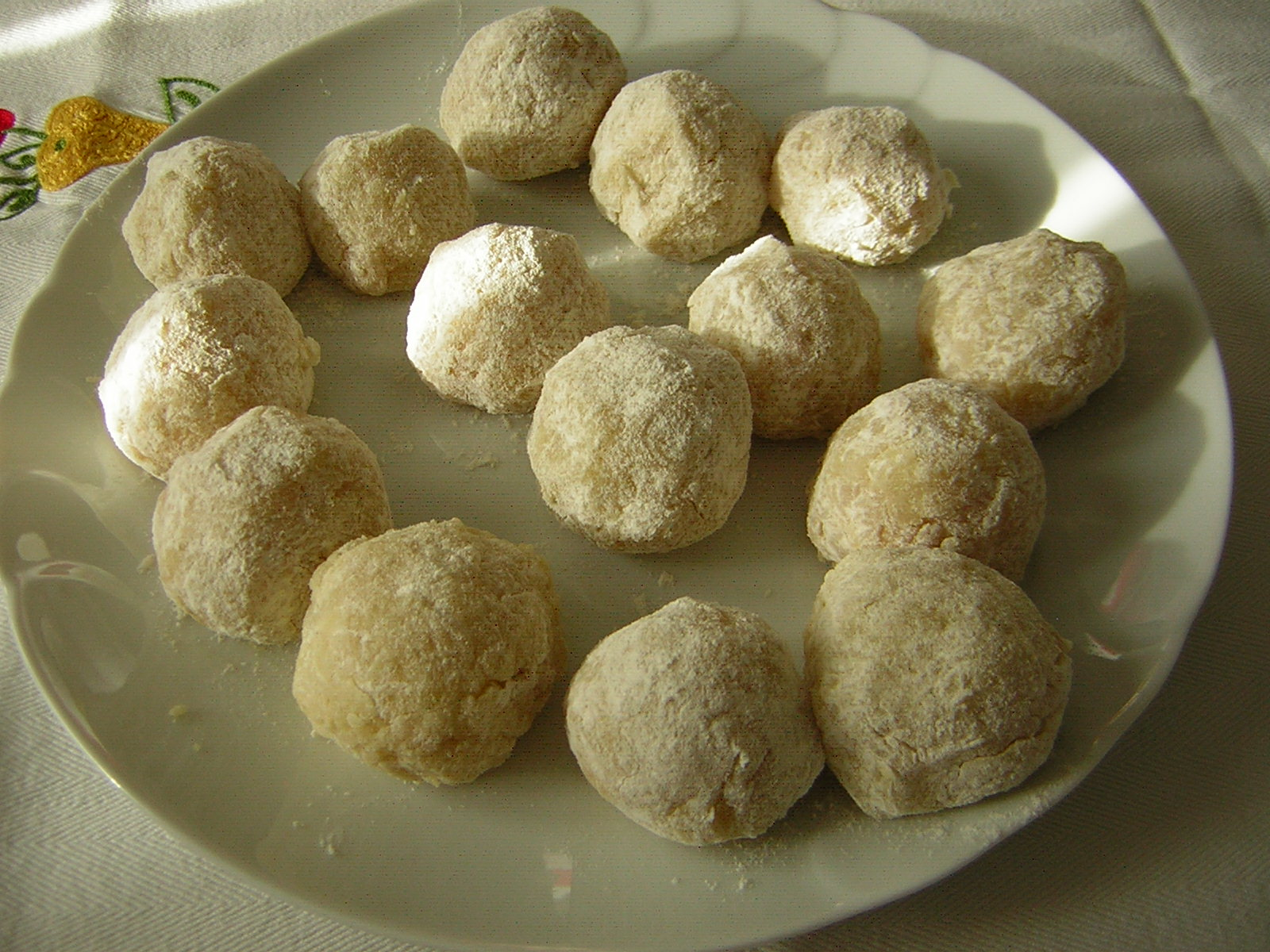 polpettine di merluzzo pronte da friggere per fare il riso con polpette di merluzzo