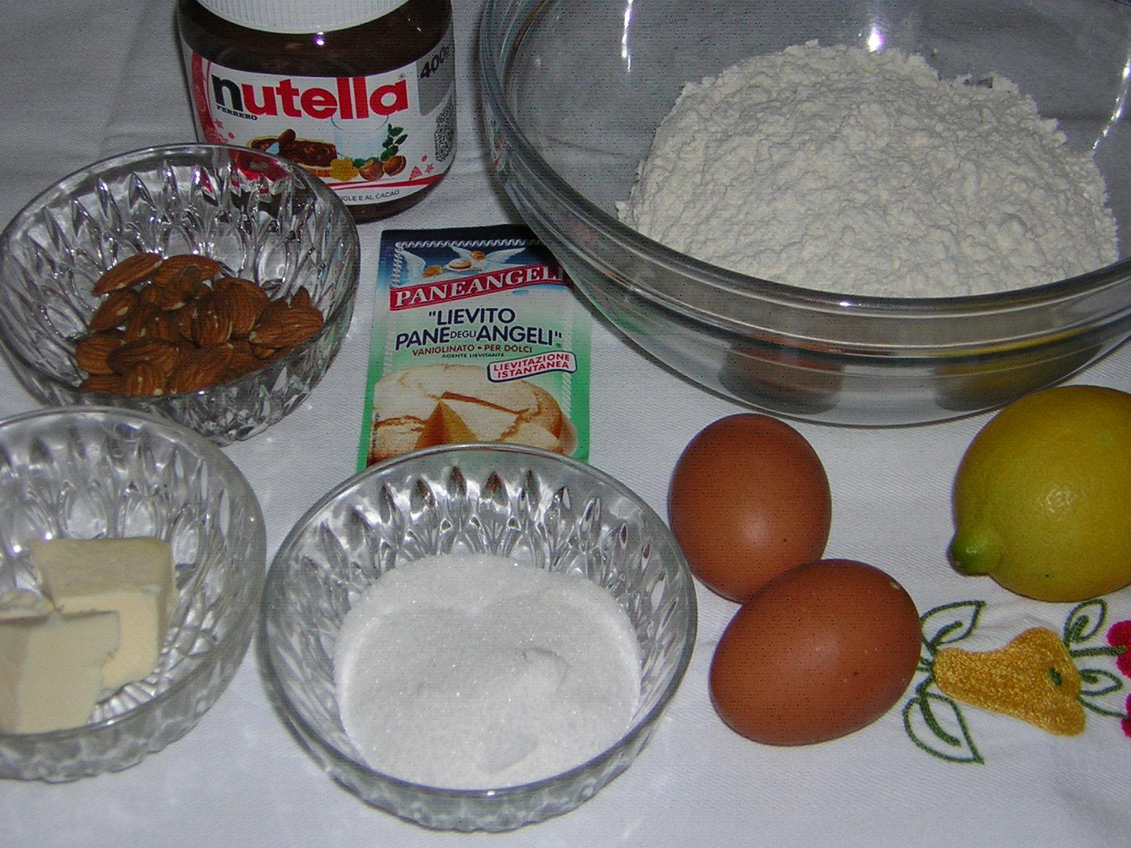 ingredienti del ciambellone con nutella