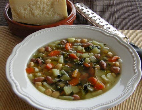 Minestrone con legumi