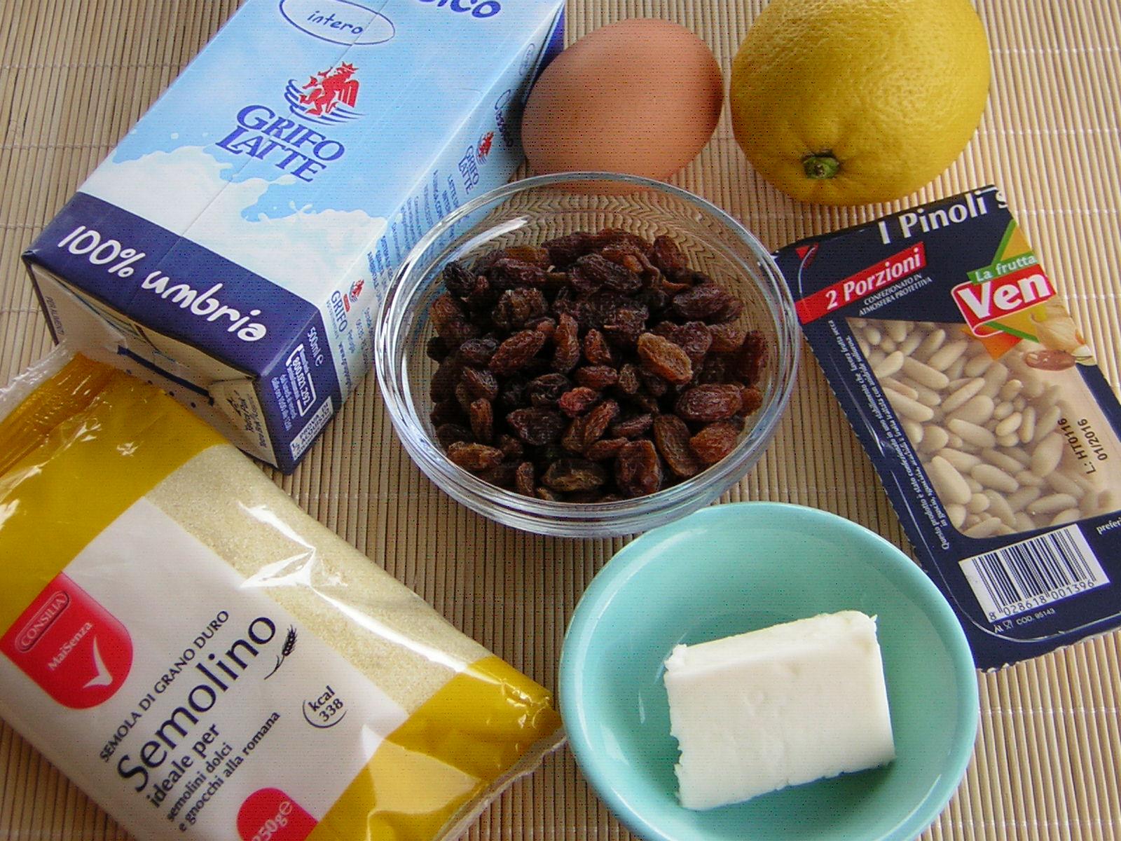 ingredienti per la torta di semolino