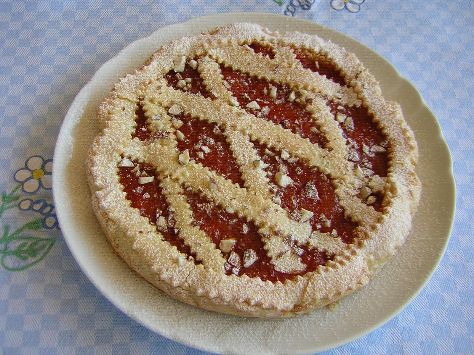 crostata albicocche e mandorle