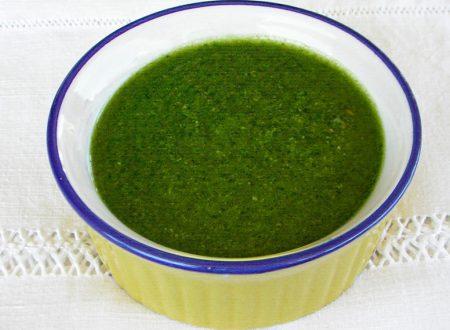 Pesto genovese fatto al mixer