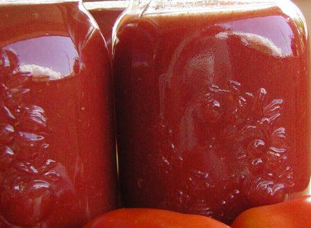 Come fare la passata di pomodoro da conservare