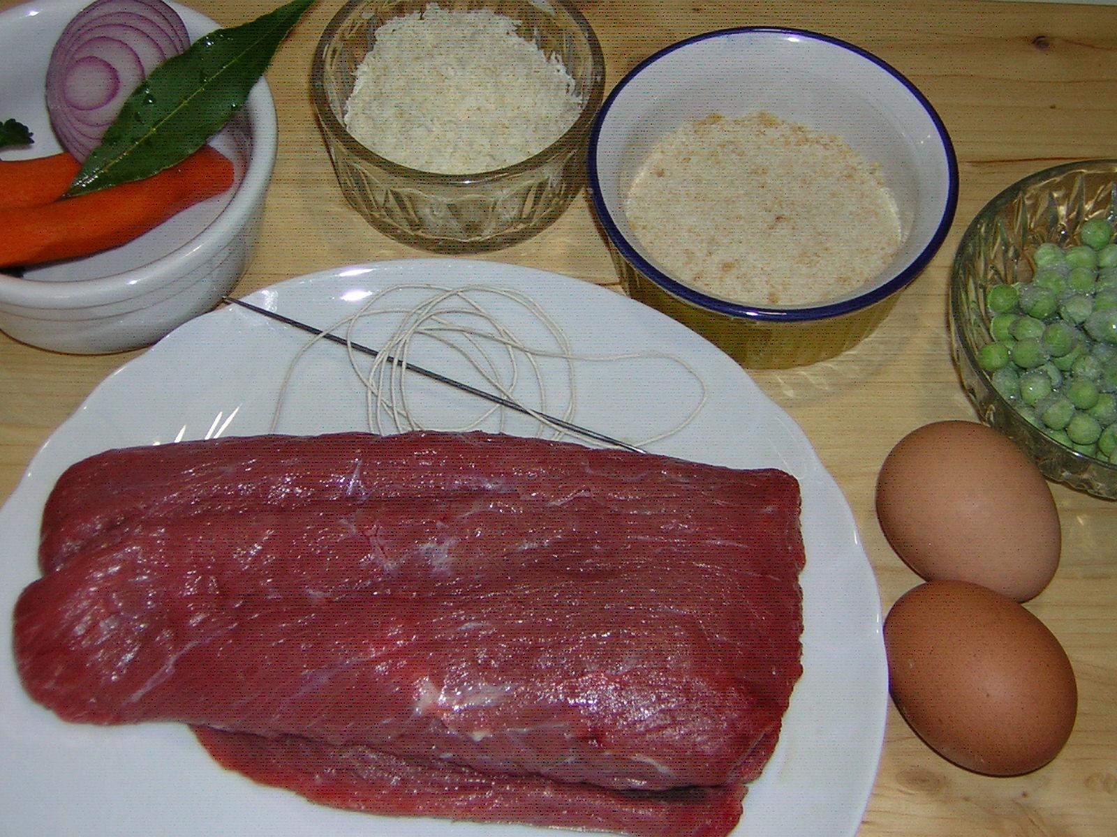 ingredienti per la tasca di vitellone ripiena bollita