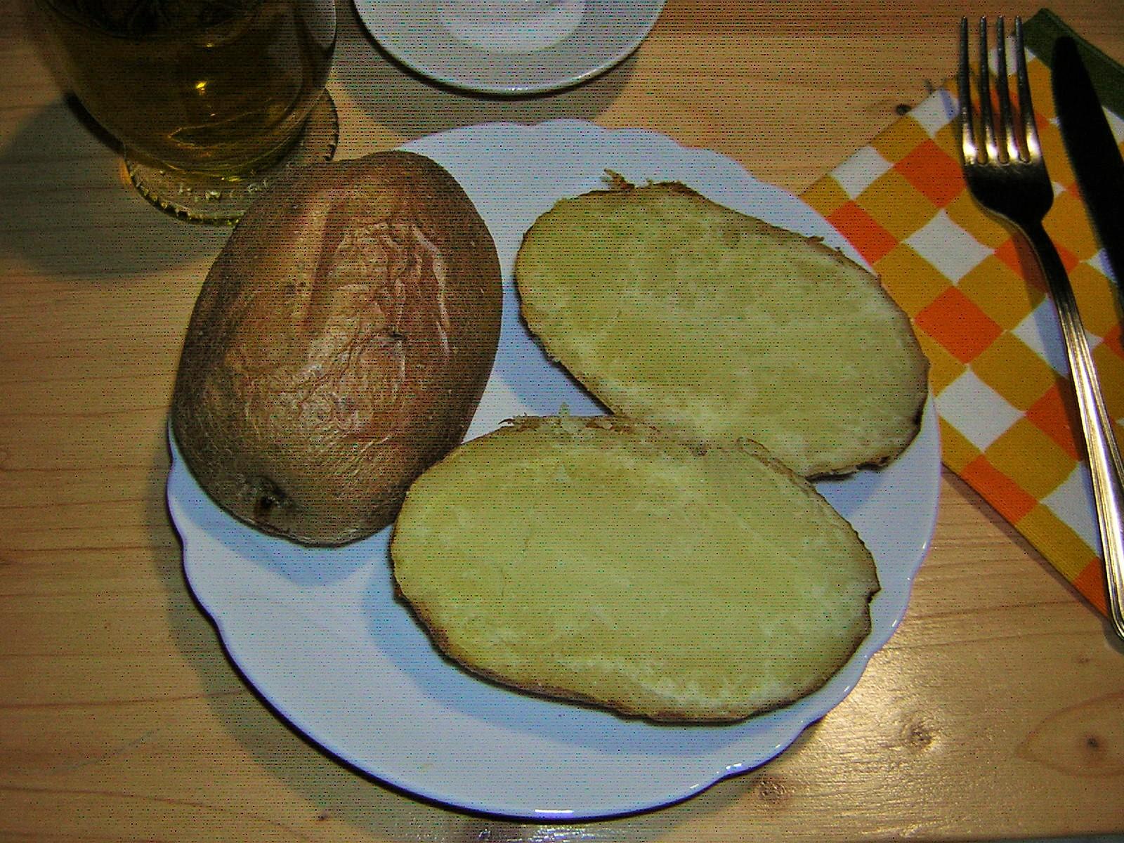 patate al forno intere con la buccia