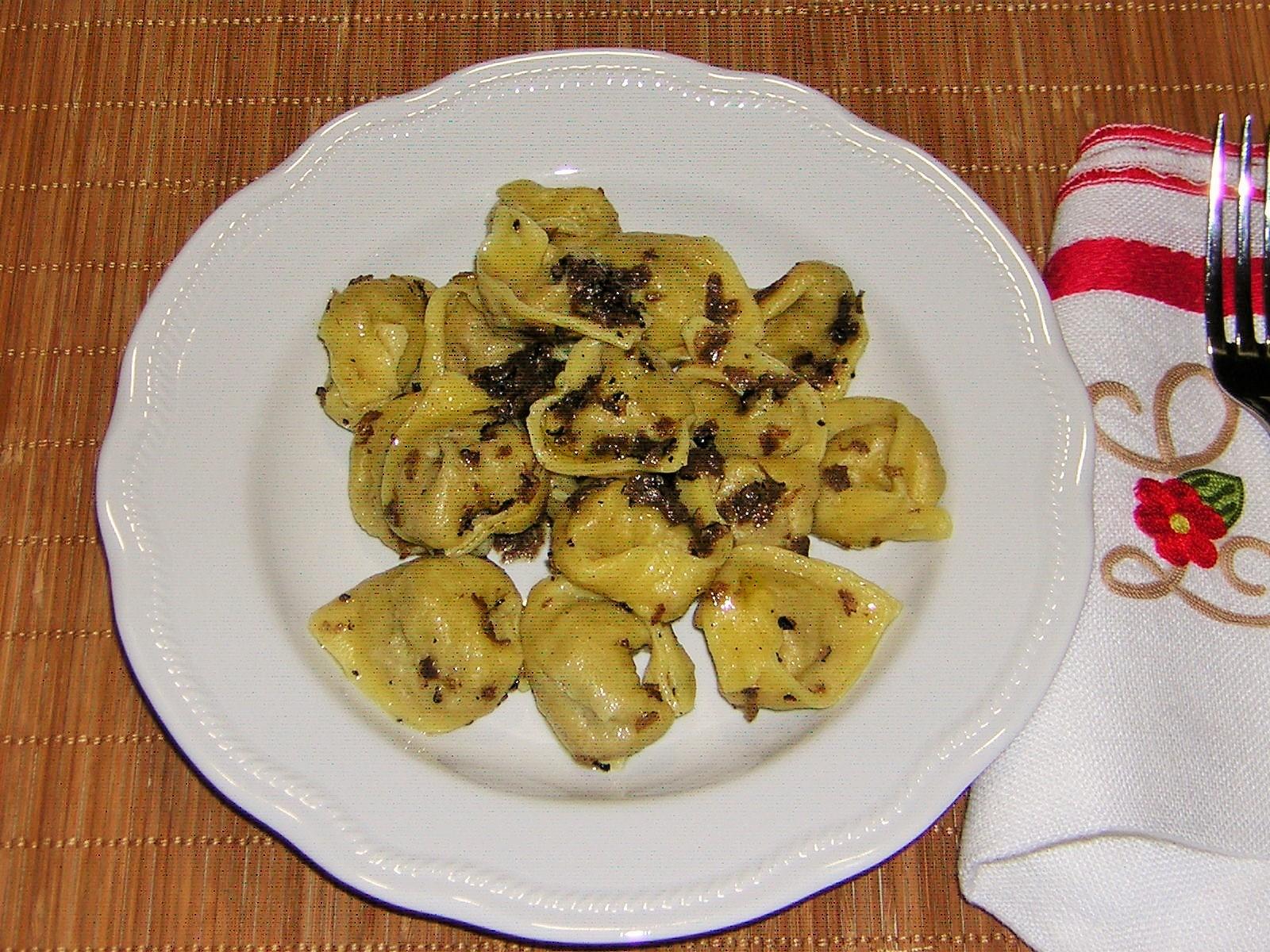 Tortellini al tartufo
