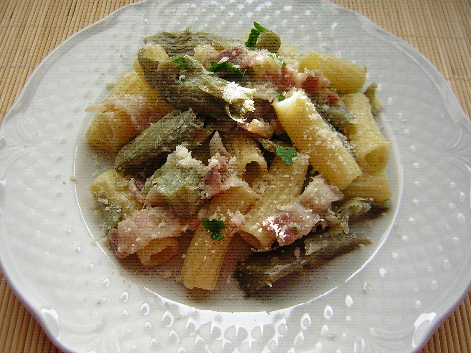 pasta con carciofi e pancetta affumicata