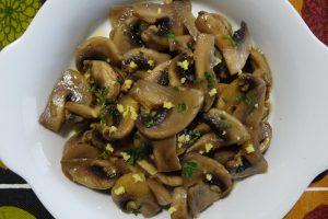 Funghi champignon trifolati al limone