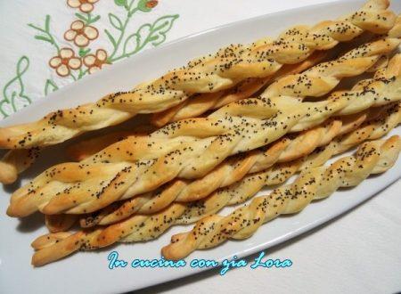 Grissini croccanti con semi di papavero