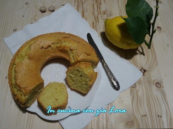 ciambella al limone con mandorle e cocco